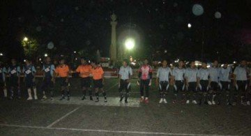 futsal gresik 360x195 » Turnamen Futsal Bupati Gresik 2009, layakkah?