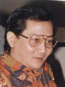 profil poetra sampoerna 224x300 » Profil Poetra Sampoerna – Peringkat 9 Orang Terkaya Indonesia