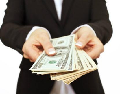 aturan hukum menahan gaji karyawan yang resign 415x325 » Menahan Gaji Karyawan yang Resign? Hati-hati! Ada Hukumnya