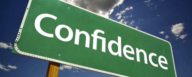 cara memotivasi karyawan agar percaya diri 768x308 » Jangan sampai Karyawan kurang Percaya Diri! Ini Cara Memotivasi yang Tepat