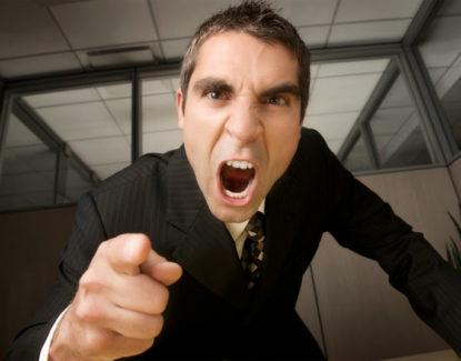 tips mencegah karyawan resign sebab tidak betah 415x325 » Karyawan Sering Resign karena Tidak Betah? Pasti Anda Belum Coba Cara ini
